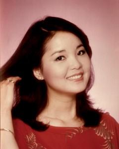My date with Dèng Lìjūn, the lovely Teresa Teng dans Dèng Lìjūn, Teresa Teng, Chinese longtime powerful singer denglijun08-vi-240x300