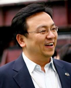 wang-chuangfu-244x300